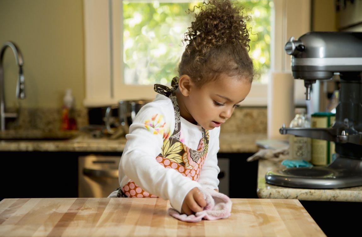 Çocuklar hangi ev işlerini yapabilir