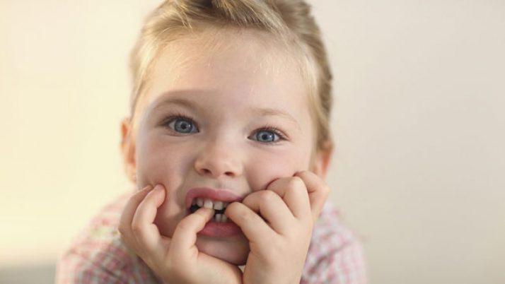 Çocuğum Tırnak Yediğinde Ve Parmak Emdiğinde Ne Yapmalıyım?